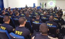 PRF reforça segurança nas rodovias no final de ano com mais 121 policiais