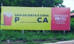 Propagandas de motel de Barra do Garças com trocadilhos ganham repercussão nacional