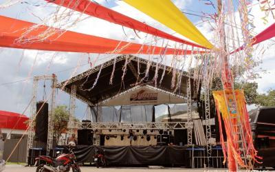 Com expectativa de reunir 10 mil pessoas, Araguaia Folia começa nesta sexta-feira em Barra do Garças