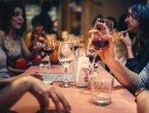 Governo reduz ICMS para bares, restaurantes e estabelecimentos similares em MT