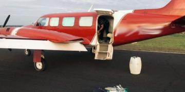 Policiais de MT participam de apreensão de avião com 450 kg de cocaína avaliados em R$ 8,5 milhões