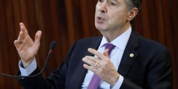 Barroso diz que eleição deve ficar entre novembro ou dezembro