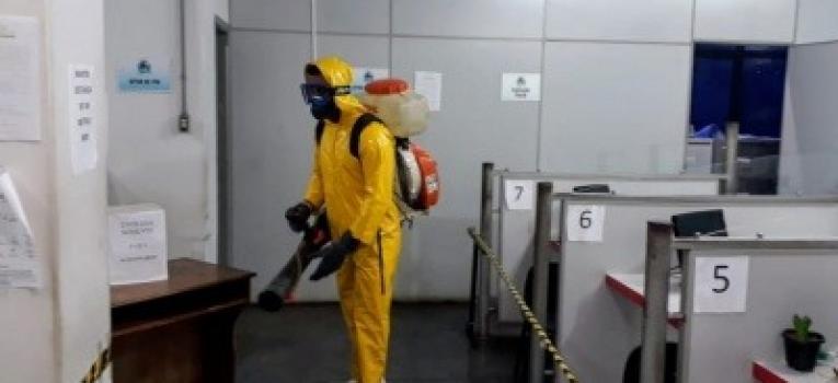 Defesa Civil e bombeiros realizam mais uma etapa de desinfecção ao coronavírus em Barra do Garças