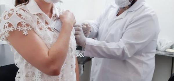 UNIVAR é primeira Instituição de Ensino Superior no Vale do Araguaia a ser vacinada contra a Covid-19