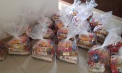 Influenciadores já doaram mais de 100 cestas em Barra do Garças e convidam população para ajudar VEJA VÍDEO