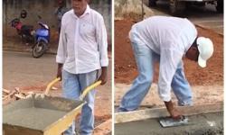 Após doar salários, prefeito de Pontal do Araguaia coloca 'a mão na massa' para terminar obra VEJA VÍDEOS