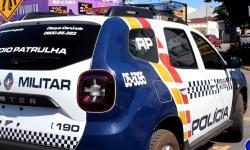 PM prende acusado de assalto que espancou vítimas em Barra do Garças VEJA VÍDEO