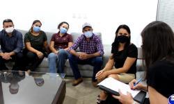 Deputada Janaína Riva recebe comitiva de Pontal e encaminha pedido para agentes sociais vacinarem contra covid VEJA VÍDEO