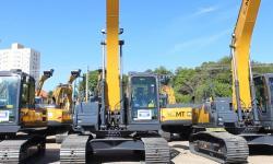 Prefeitos agradecem Mauro Mendes por novas máquinas que já trabalham no Araguaia