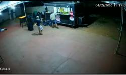 VEJA VÍDEO: Ladrões assaltam lanchonete no Araguaia