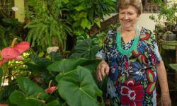 Conheça a história impressionante desta mulher que já plantou 5 mil árvores na luta por um mundo melhor VEJA VÍDEO