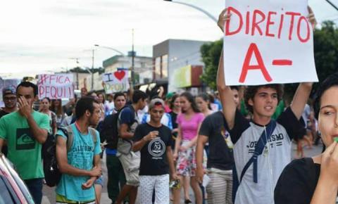 Universitários pedem ampliação do transporte oferecido pela UFMT em Barra do Garças