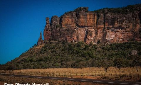 Serra do Roncador encanta turistas de vários países, místicos acreditam em portal para outra dimensão