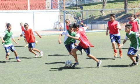 José Elias firma parceria com Exército e crianças participam do projeto Força no Esporte em Aragarças