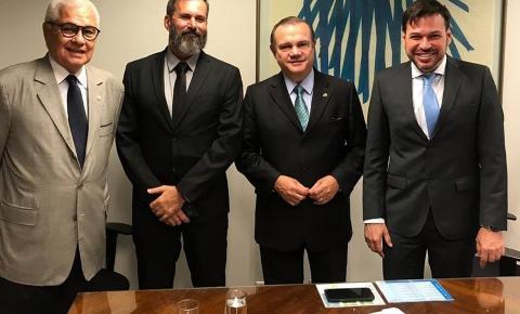 Prefeito de Barra do Garças busca em Brasília, recursos para Saúde, Beira Rio e estrada de Vale dos Sonhos