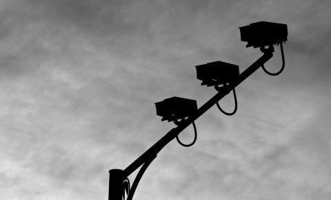 Radares noturnos registram maior número de multas e reduzem acidentes em rodovias federais