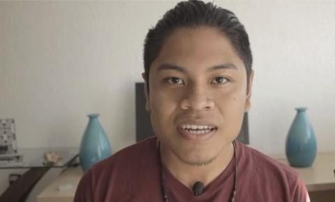 'Pensam que deixo de ser indígena por usar smartphone': jovem Xavante cria canal no YouTube para combater preconceito