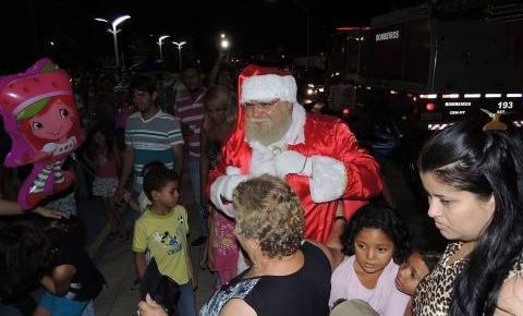 Em clima de Natal, Papai Noel estará na praça da Matriz a partir desta sexta-feira