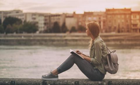 O que é melhor: pós-graduação ou intercâmbio?