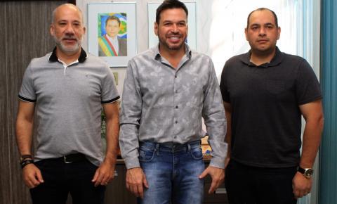Novos diretores da TV Centro Oeste/SBT visitam prefeito de Barra do Garças