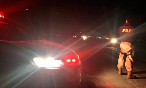 Carreta tomba e mata motorista na Br 070 em Barra do Garças