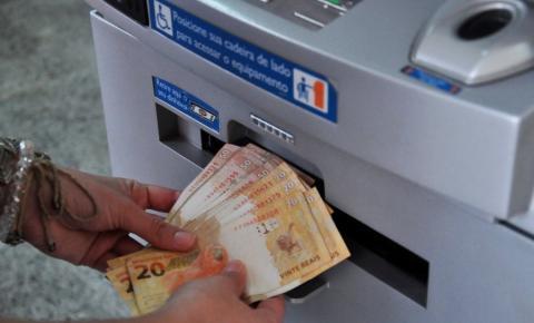 Beto Farias mantém calendário e salário dos servidores de Barra do Garças será pago na quinta (31/10)
