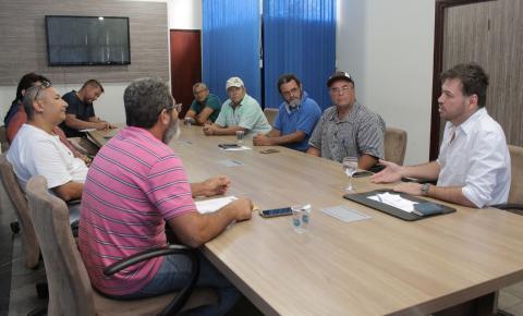 Feirantes e associações definem detalhes para abertura da nova feira de Barra do Garças dia 8/11