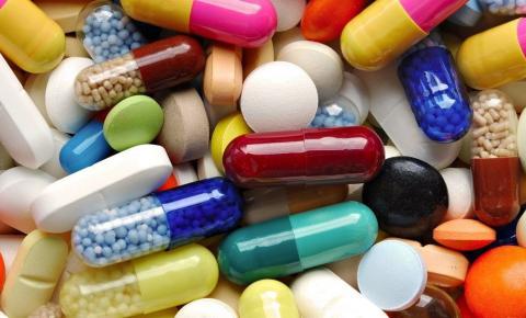 Professor do Univar aborda uso de drogas com intuito de fomentar novas políticas públicas na área