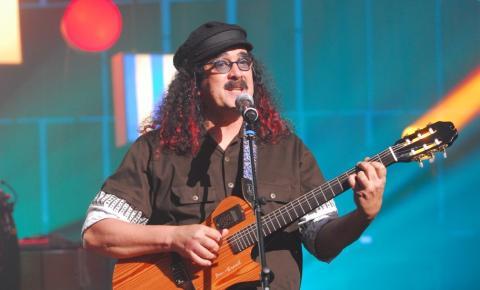 Morre aos 72 anos, o cantor Moraes Moreira no Rio de Janeiro