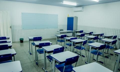 Mauro Mendes suspende reabertura de escolas estaduais por mais 30 dias