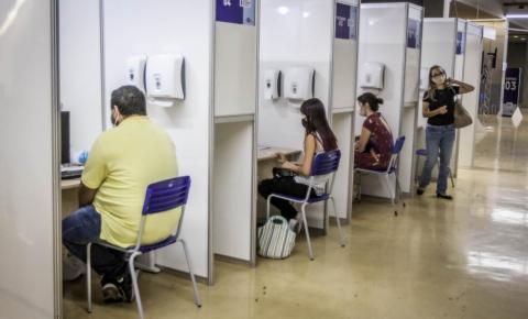 Governo de MT faz testagem de Covid com profissionais da imprensa