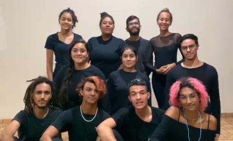 Nova versão de peça Romeu e Julieta cativa público de Barra do Garças
