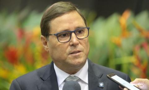 Mauro Carvalho estima vacinação de 1,2 milhão com vacina russa em MT