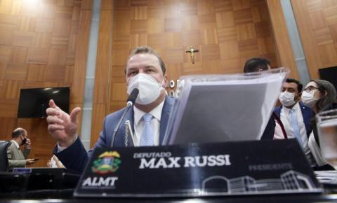 Lei de Max Russi garante acessibilidade em quadras esportivas de MT