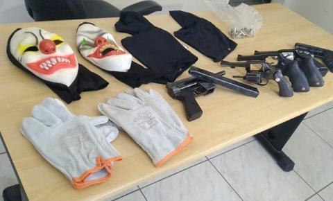 Cinco suspeitos de explosão de agência bancária são mortos durante troca de tiros