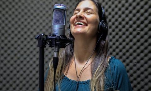 Música de cantora de São Félix do Araguaia é tema da campanha 'Agosto Dourado' de Mato Grosso VEJA VÍDEOS