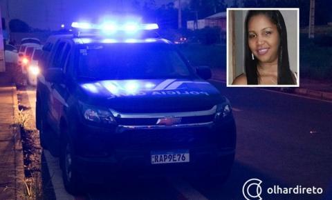 Mulher sequestrada por criminosos é encontrada carbonizada dentro de carro