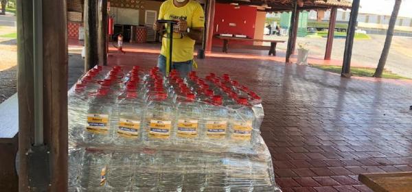 Governo de Mato Grosso distribui 300 mil litros de álcool 70%